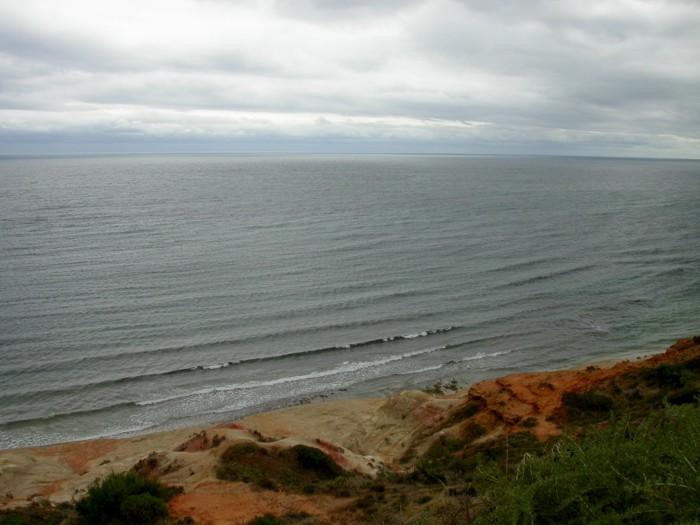 Port Noarlunge beach cliff